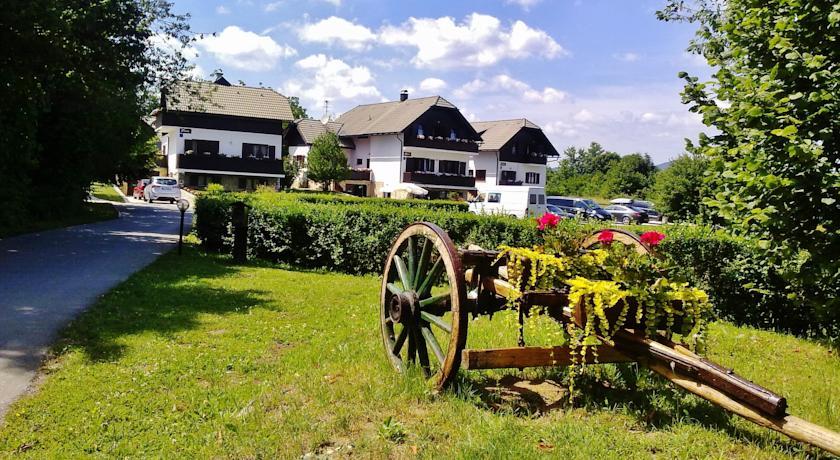 Orlović Ankica – Green Garden House