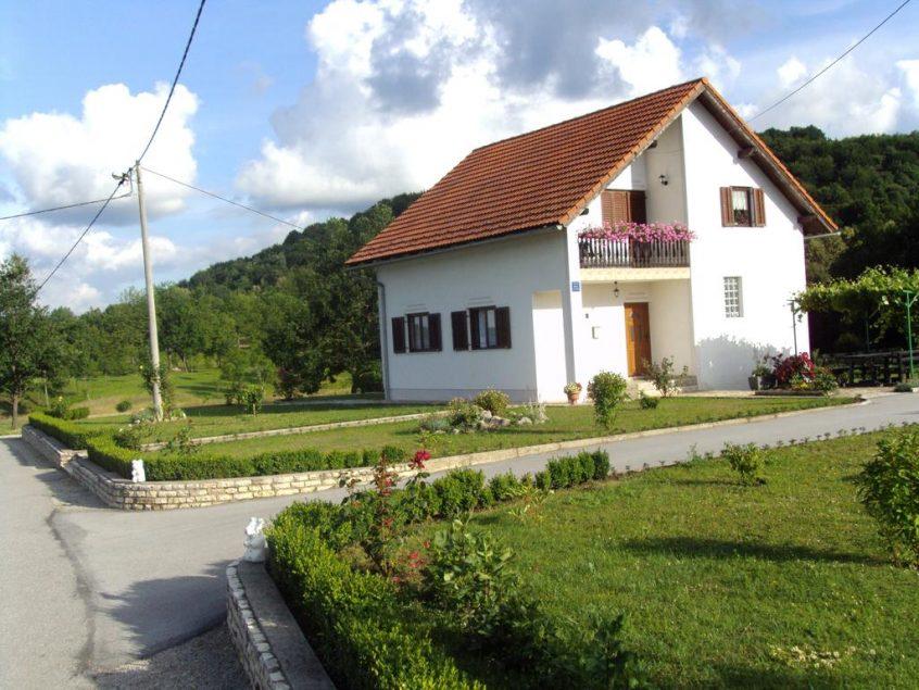 Rumenović Mira – Apartments Andrea