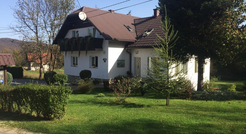 Jandrić Dane – House Ana