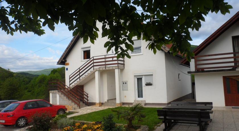 Krizmanić Ankica – Apartments & Rooms Krizmanić