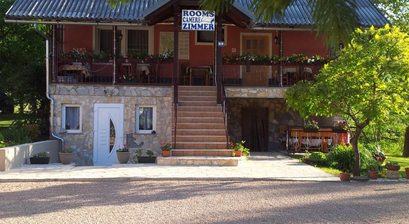Varda Ankica – Guest House Family Varda
