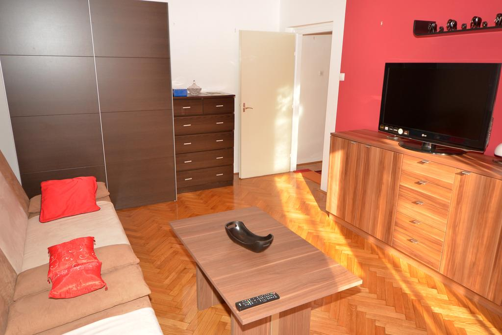 Bićanić Josip – Sole Mio Apartment