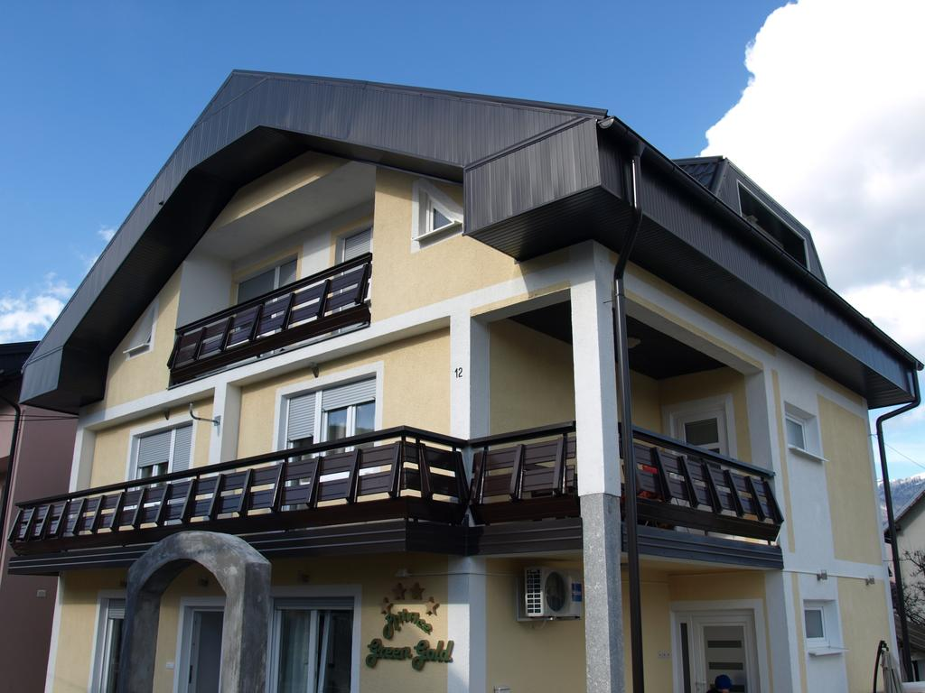 Kukuruzović Josipa – Plitvice Green Gold Apartments