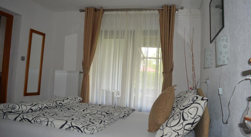 Ćurčić Radojka – Rada Guest House