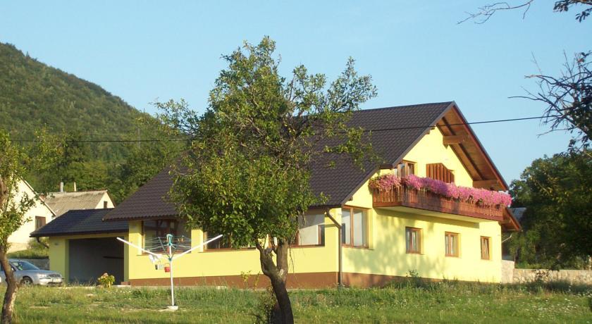Prica Bojana – House Mara
