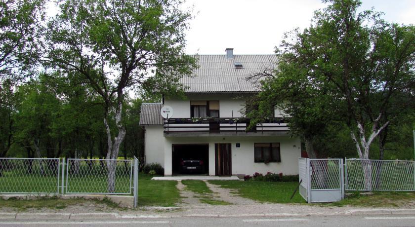 Drakulić Milan – Guest House Milan