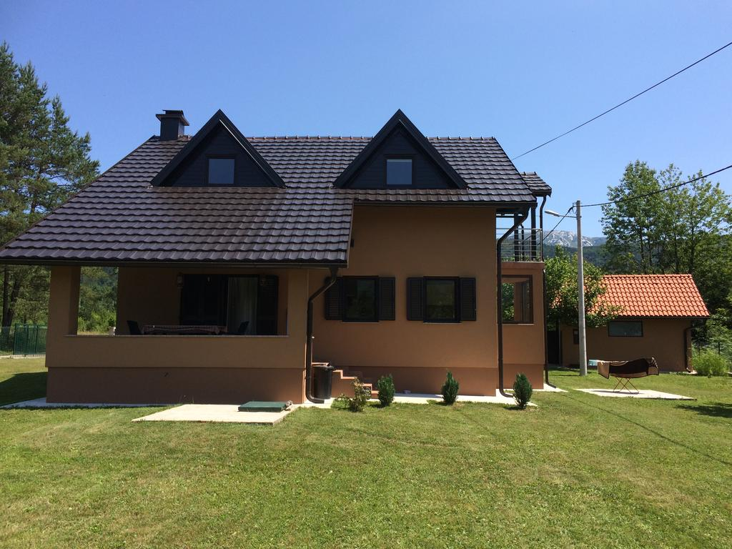 Koretić Edita – Holiday House Kora