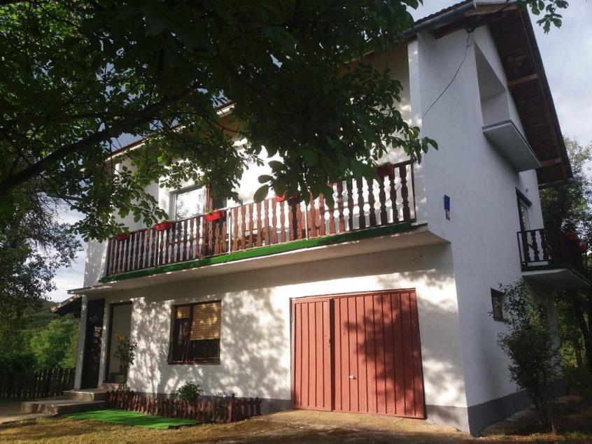 Dragojević Latinka – Guesthouse D&D