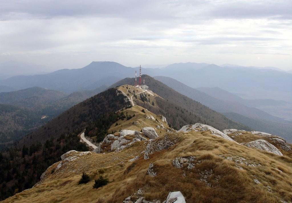 Gola Plješivica – planinarenje